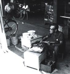A street vendor in the 1960s, Kuching Sarawak
