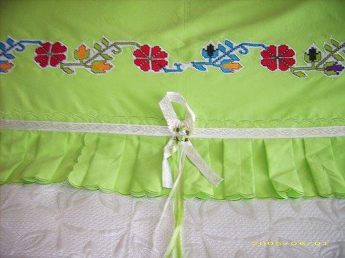 YASTIK+KENAR+(12) Yastık başı dantel örnekleri