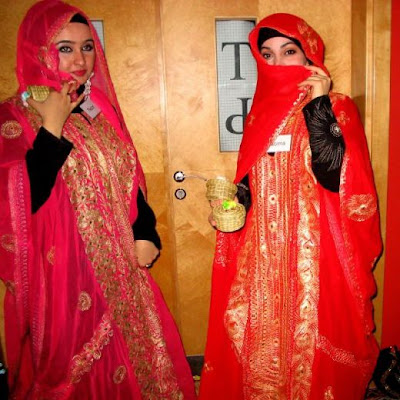 Lastest  Foreign Women Can Sometimes Be Seen In Public With Modest Western Dresses Women, Both Foreign And Saudiborn, Are Not Required To Cover Their Faces, He
