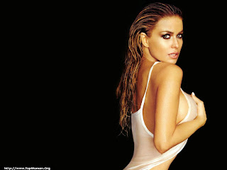 Hollywood Sexy Actress Carmen Electra Naked Wallpapers