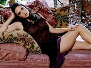 American Film Actress Hot Celebrity Jennifer Connelly Sexy Bikini Wallpapers