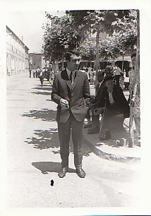 mi padre, en Burgo de Osma, de joven