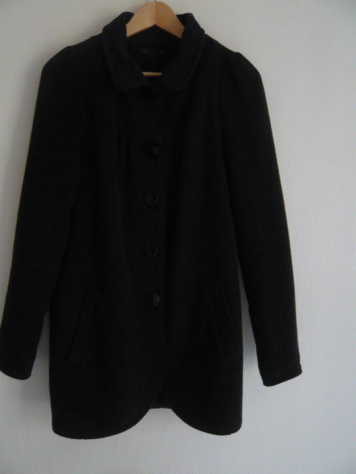 mym vide son dressing manteau maje taille 1. Black Bedroom Furniture Sets. Home Design Ideas