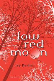 (ARC Review) Low Red Moon by Ivy Devlin