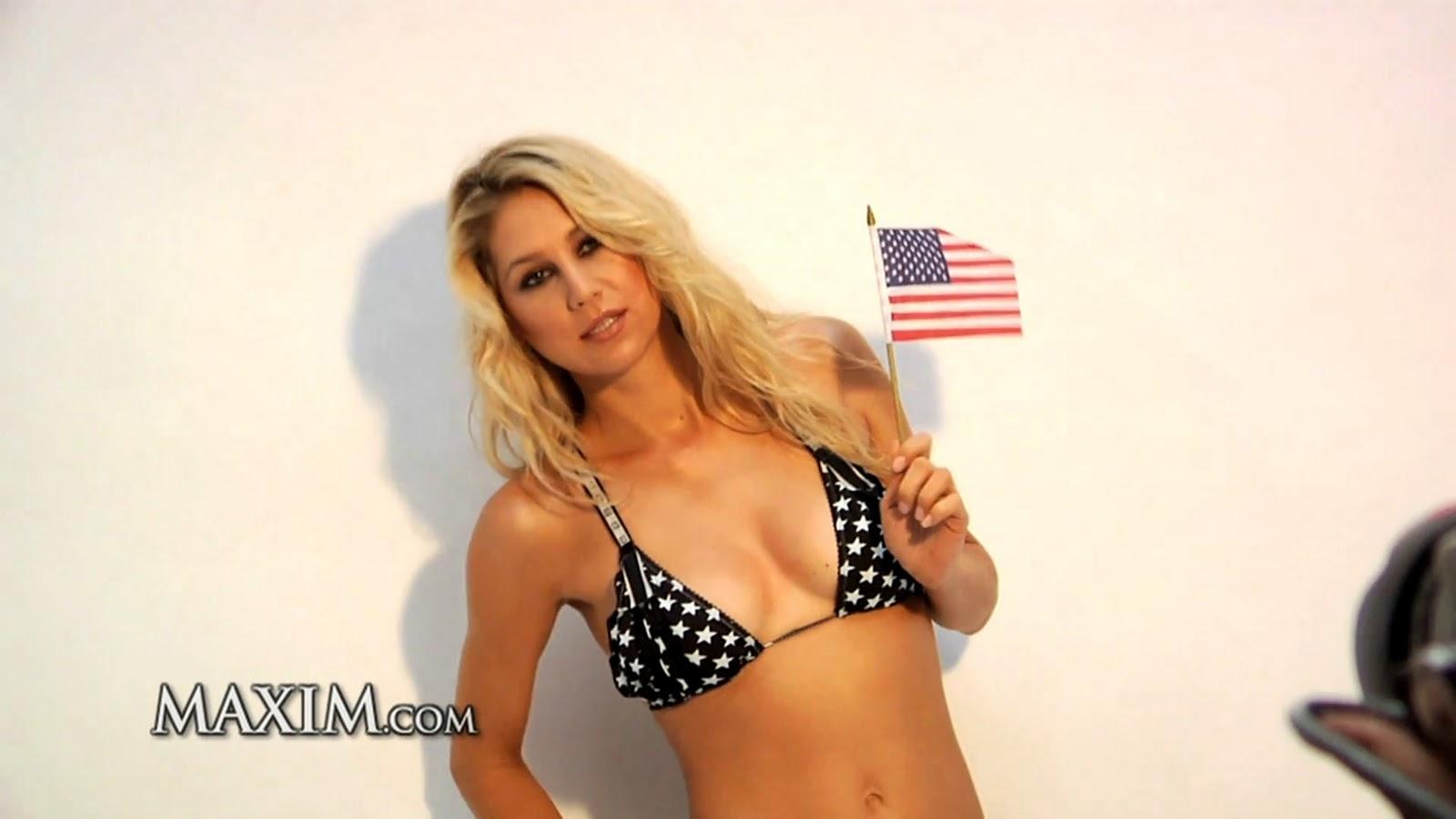 http://4.bp.blogspot.com/_2OnTsmsZtoc/TKtqxjVpTCI/AAAAAAAAAt0/xVx3qYlCtqo/s1600/anna-kournikova-maxim-shoot-cap-01.jpg