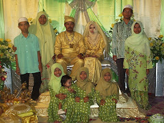 Familyku & Pengantin Johan&Suryani