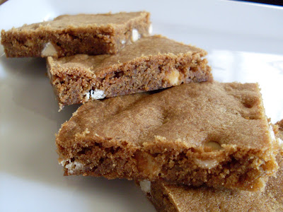 Liesl's Confection Dissection: Gingerbread White Chocolate Blondies