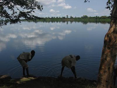 Congo - Mbandaka une ville sur l'équateur en République Démocratique du Congo ....