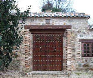 El mueble puertas for Entradas de casas rusticas