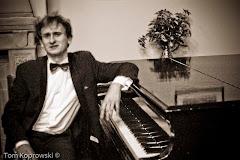 Nasz pianista - Krzysztof Małek!