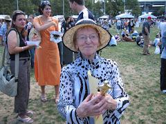 prof. Wanda Wilkomirska na Darling Habour (M.Vit)