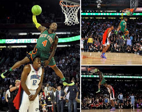dwight howard dunking pictures. dwight howard superman