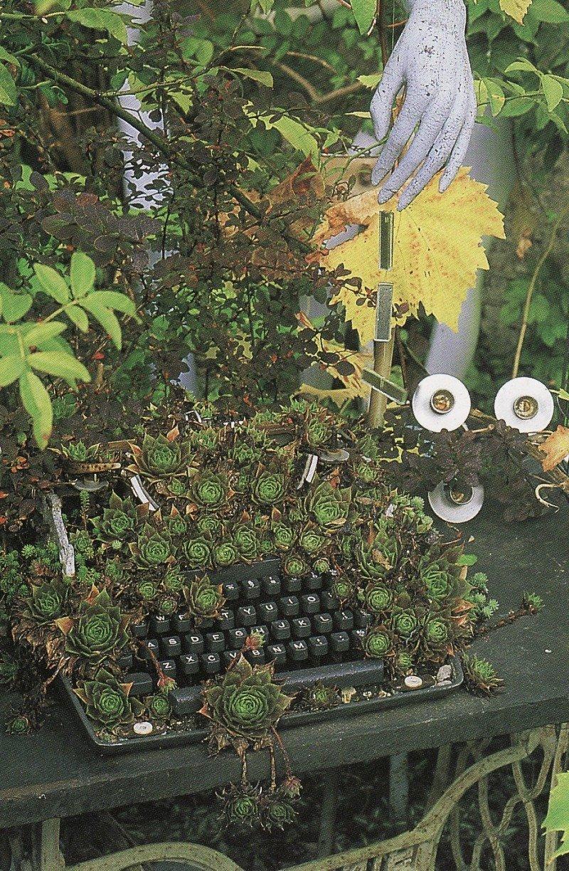 [Garden+Typewriter.jpg]