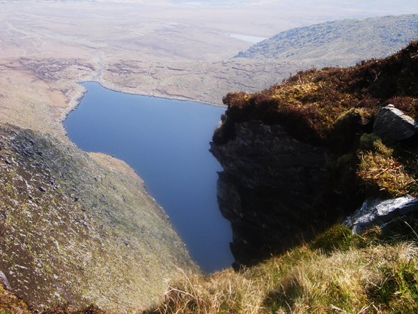 Den Horse-shoe: (Lough Coomaglaslaw/Teermoyle Mountain)