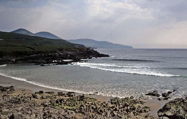 Dei kleng Plage vun St. Finian's. Een Paradies fir Fescher, fir Surfer oder fir d'ganz Famill