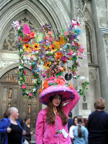 Hat Contest Ideas http://letoilemagazine.blogspot.com/2010/04/weekend-whats-what-41-46.html