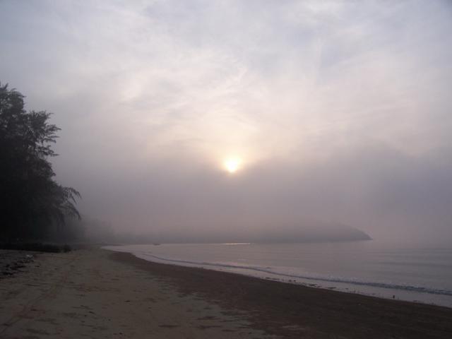 Foto-foto suasana pagi yang tenang