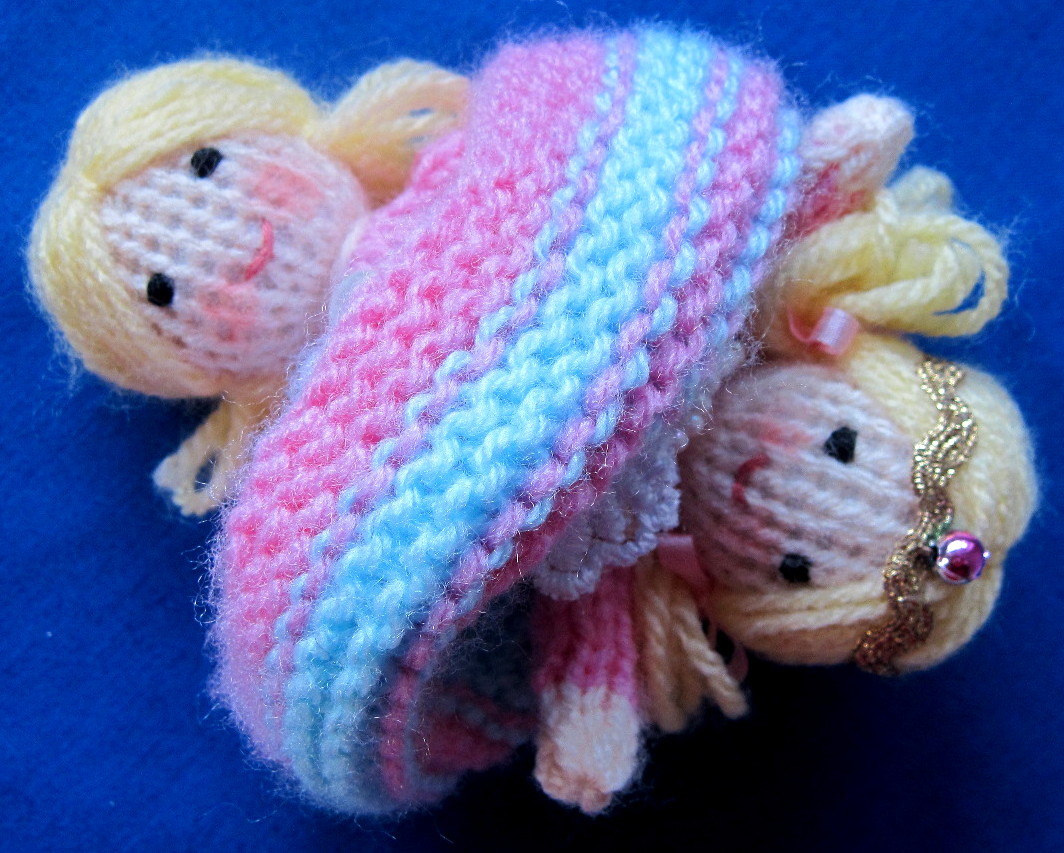 Knitting Pattern For Upside Down Doll : Flutterby Patch: Tiny Topsy the tooth fairy