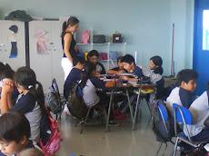 El trabajo de nuestra profesora, implica constante supervisión...