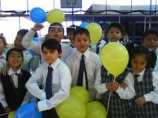 Alumnos de Primero Básico celebraron nuestro aniversario...