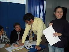 Profesor Jorge Robles, asistiendo a cada participante del curso...