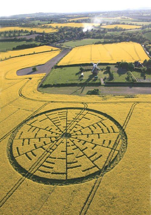http://4.bp.blogspot.com/_2XqRgM-3v_E/S_n1sbzXWbI/AAAAAAAAHX0/N6ykpanW4wI/s1600/Wilton-Windmill34.jpg