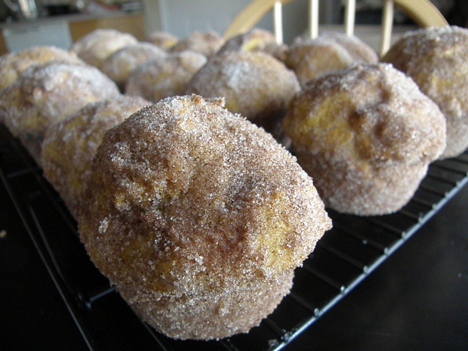 Valley Ridge Recipes: Pumpkin Doughnut Muffins
