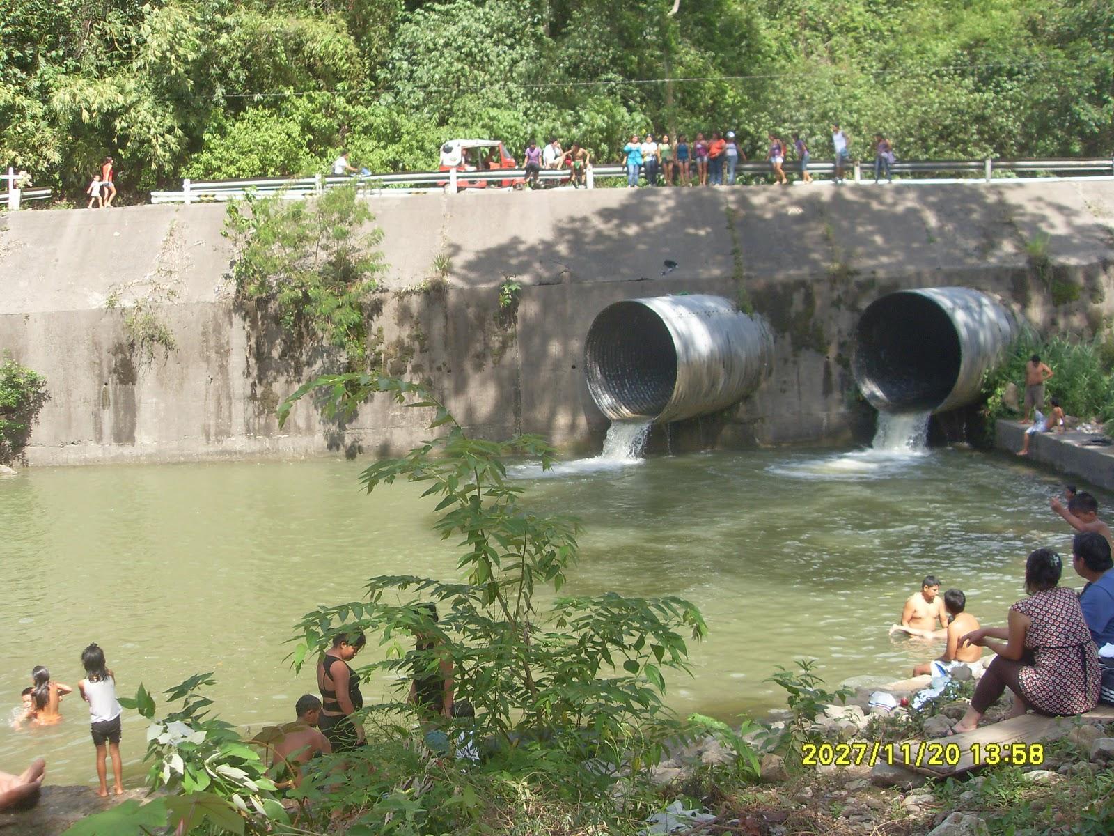 Sandrita fotos de los sitios tur sticos for Piscina alcantarilla