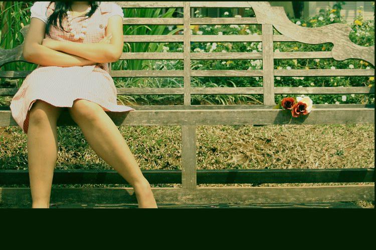 girl waiting in vain