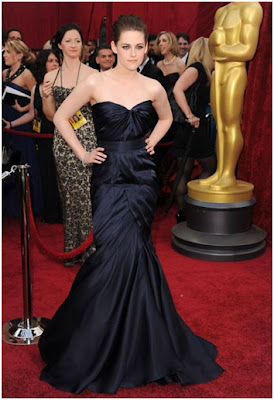 10 Stunning Dresses on Oscar 2010