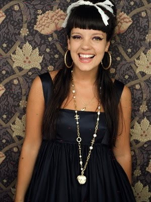 Lily Allen Will Open Rental Fashion Designer Store