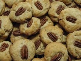 Buttery Pecan Cookies