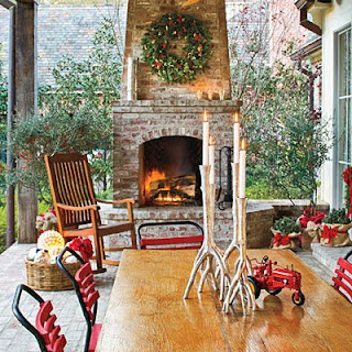 Outdoor Holiday Decorations on Ideas From Out On The Patio  Christmas Outdoor Decorating Ideas