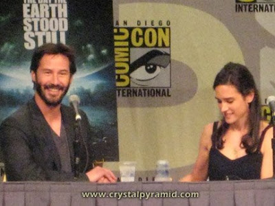 """Keanu Reeves and Jennifer Connolly appeared on a panel for 'The Day the Earth Stood Still,"""" 2008 - Photo by San Diego video producer Patty Mooney of Crystal Pyramid Productions"""