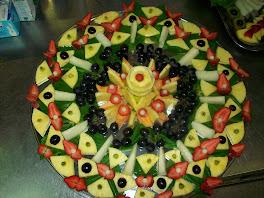 composizione di frutta allo specchio