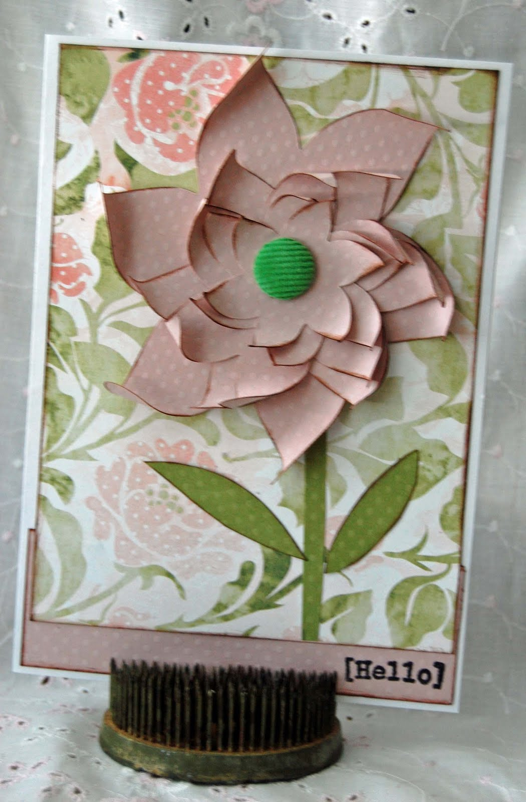 Layered Flower SVG http://pigtailspapertrails.blogspot.com/2010/04/fabulous-flower-card-svg-and-gsd.html
