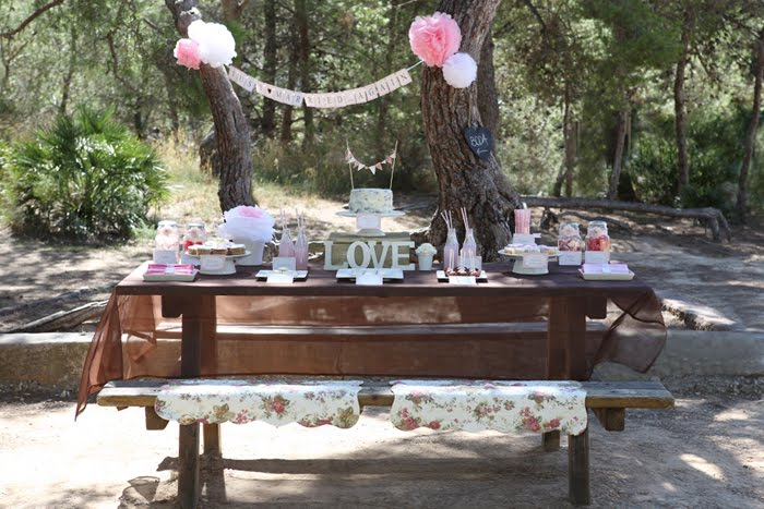 P Is For Party Real Parties A Wedding Day Picnic Full