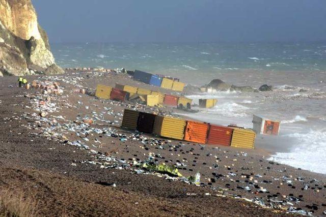 Damn Fresh Pics Container Ships Fails