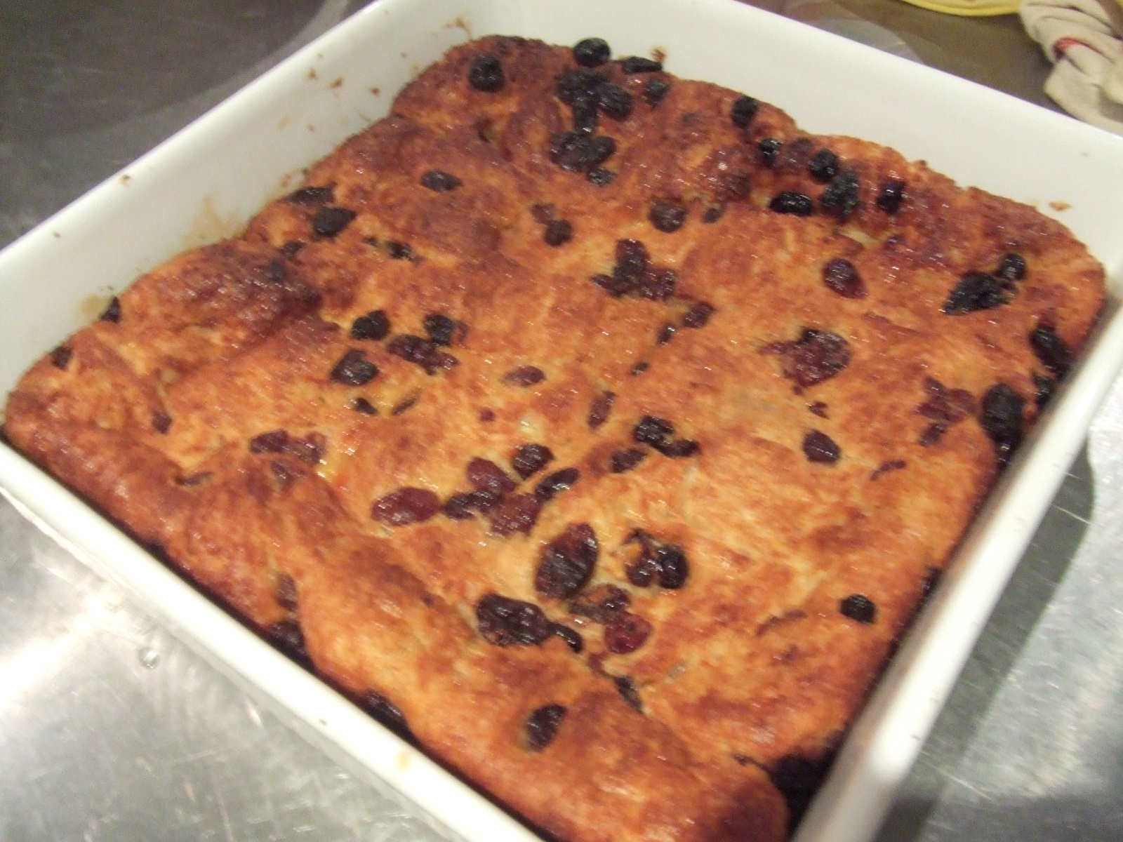 ... Eat: Easy Raisin Bread Butter Pudding with Caramel Sauce and Custard