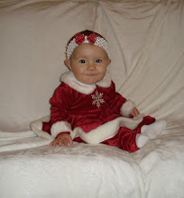 Kynlee's first christmas