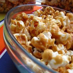 Christmas Amish Friends Caramel Corn