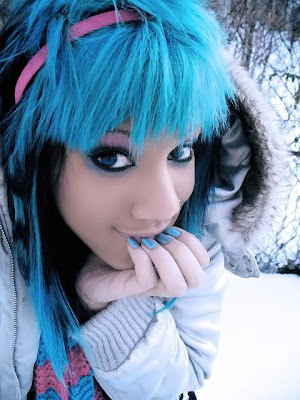 emo girl with black and blue hair. Vivid Blue emo hair with big