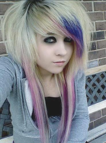 Blue pink and purple hair is a killer combination on bleach blonde scene