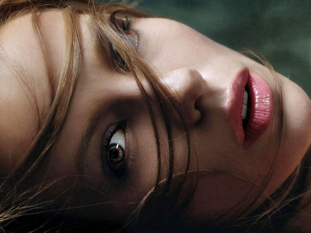 http://4.bp.blogspot.com/_2jwzbQ_LOW0/TSHL7czQqJI/AAAAAAAAAMA/a6XTVKaoneA/s1600/Kate_Beckinsale_Hot+%252817%2529.jpg