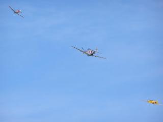 Curtis P-40E Kittyhawk / North American P51-E Mustang / North American Harvard 3*