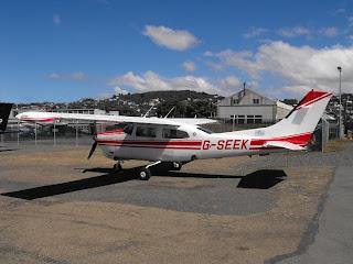 Cessna T210N, G-SEEK