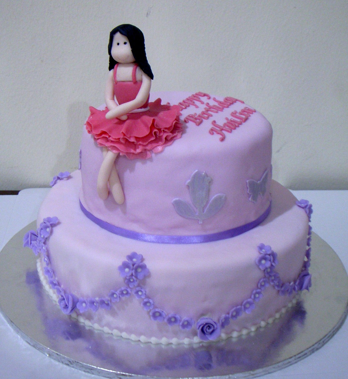 Birthday Cake Photos For Girlfriend : Bearylicious Cakes: Purple birthday cake with girl