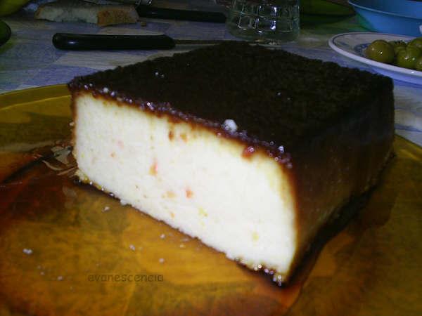 corte del pudding de naranja