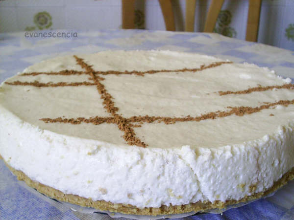 tarta decorada con canela