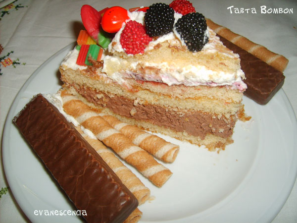 trozo tarta bombon
